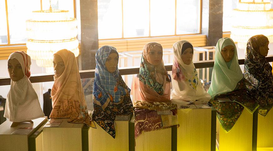 طراحی مدل روسری ششمین جشنواره مد و لباس فجر