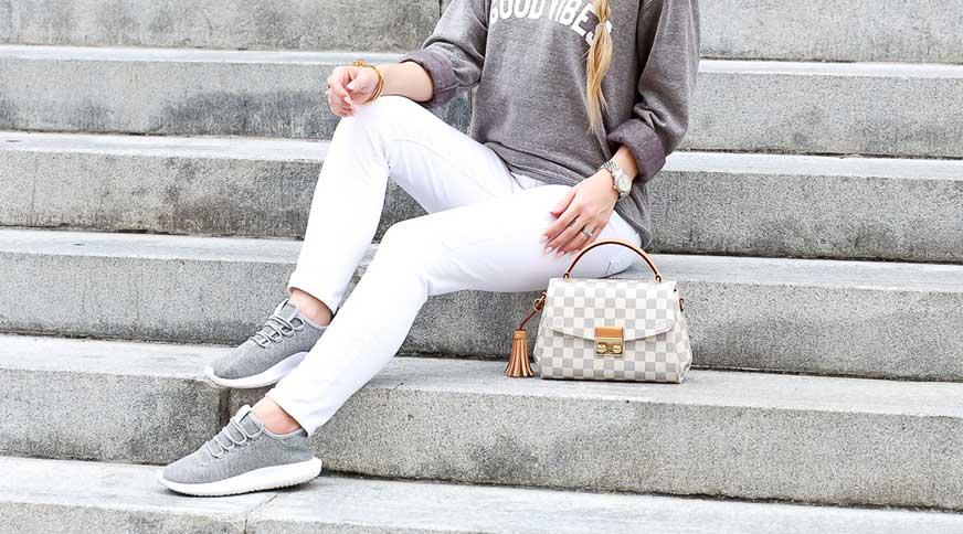 لباس اسپرت دخترانه کفش ورزشی زنانه
