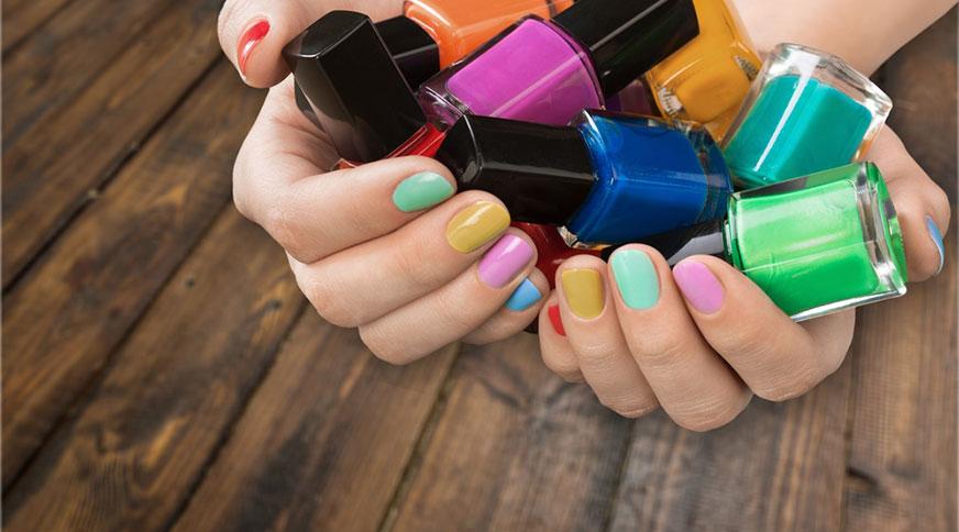 هر رنگ لاک به چه رنگ از پوست دست بیشتر می اید؟هماهنگی رنگ لاک و رنگ پوست
