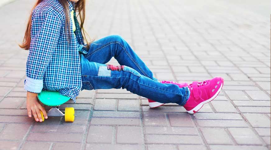 خريد كفش ورزشي دخترانه آديداس