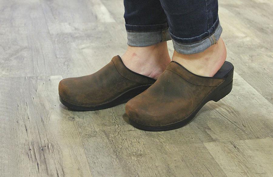 مد روز با کفشهای زشت