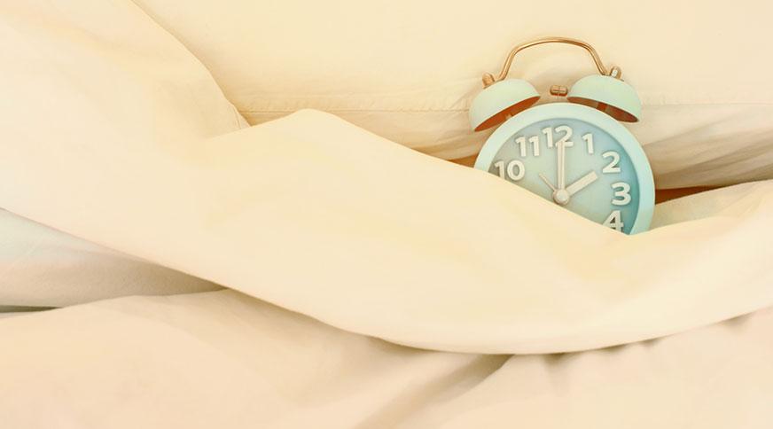 getting enough sleep - عروس ، بایدها و نبایدهای قبل از جشن