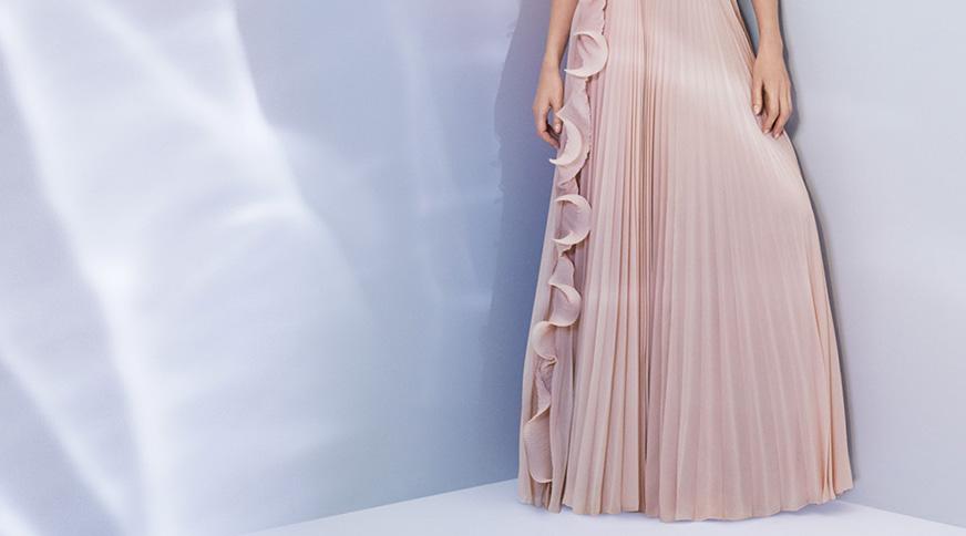 women long formal dress - در یک مراسم عروسی چه بپوشیم؟