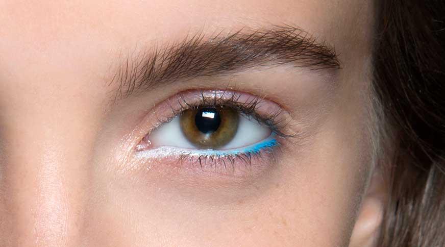 مداد چشم آبی
