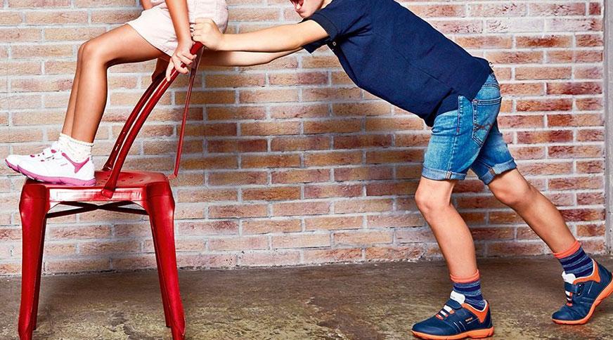 مدل کفش کتانی بچه گانه جی اوکس