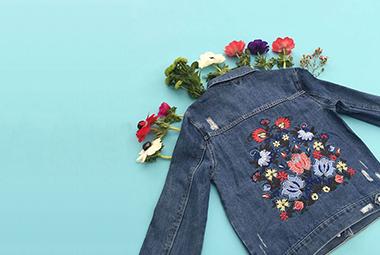 ۱۱ لباسی که برای تیپ هنری لازم دارید
