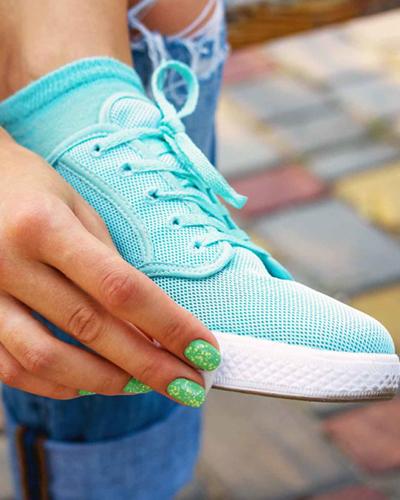 روش شستن کفش و کتانی