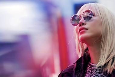 ۷ مدل جدید عینک آفتابی از قلب مد ۲۰۱۸ را ببینید!