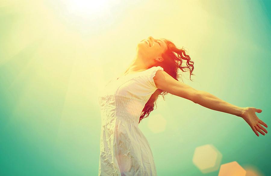 شاد بودن را بیاموزید با ۱۱ راز برای زندگی خوشحال!