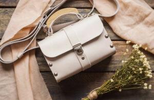 چگونه از کیفهای چرمی نگهداری کنیم تا بیشتر عمر کنند؟